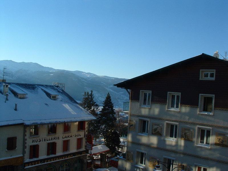 Hiver dans les Pyrénées. dans Paysages urbains et autres DSCF0011_redimensionner