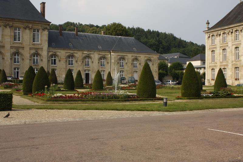abbayedesprmontrs67371.jpg