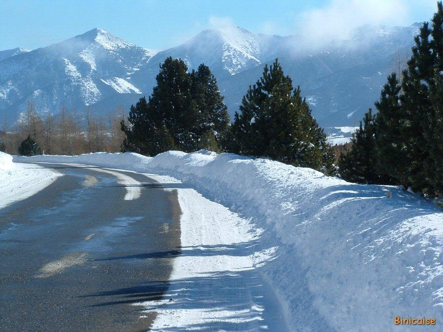 Hiver dans les Pyrénées. dans Paysages urbains et autres Font-Romeu-01-Janvier-2005-_redimensionner