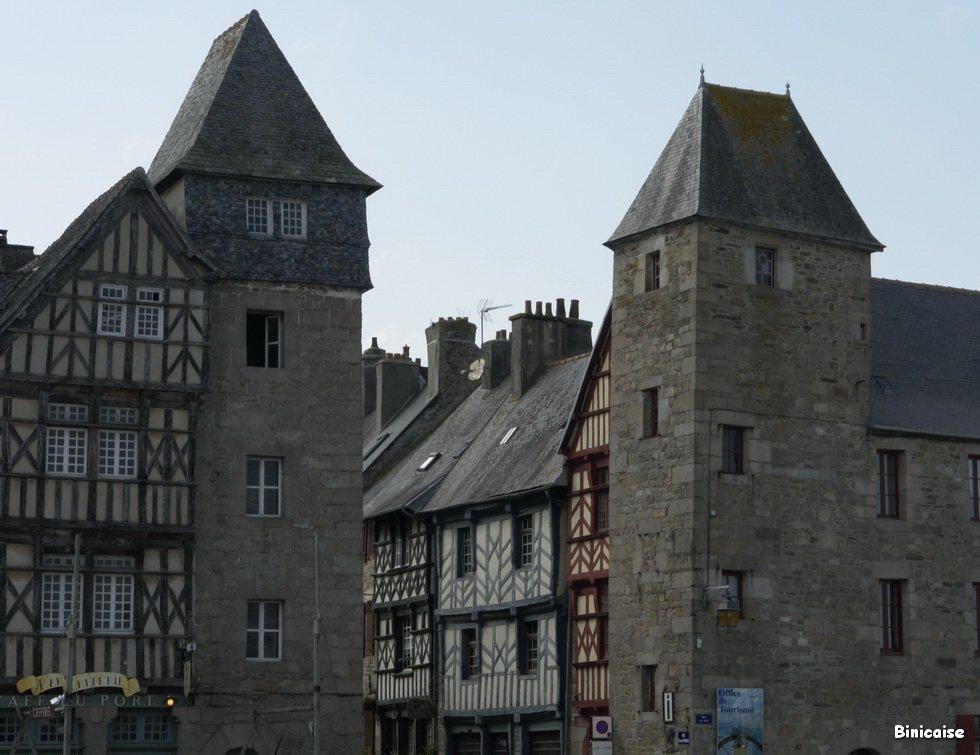Entrée de la ville de Tréguier. dans Bretagne DSC6066_redimensionner