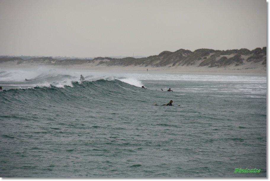 Surfeurs-02 Surfeurs dans Photos