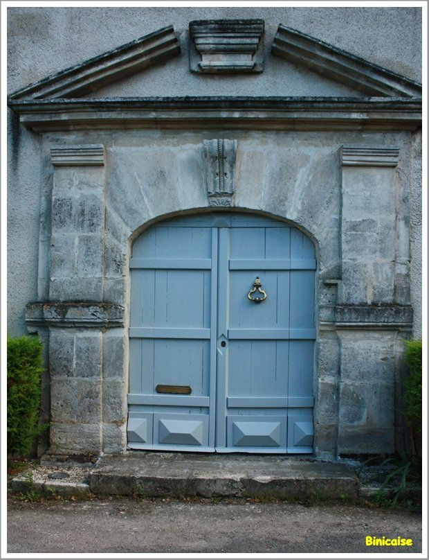 Une porte vers ... dans La Rochelle Porte-La-Rochelle