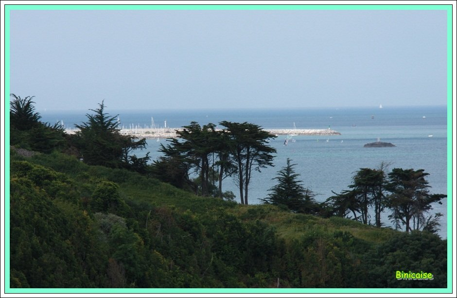 Le port de Saint Quay Portrieux. dans Bretagne Au-loin-le-port