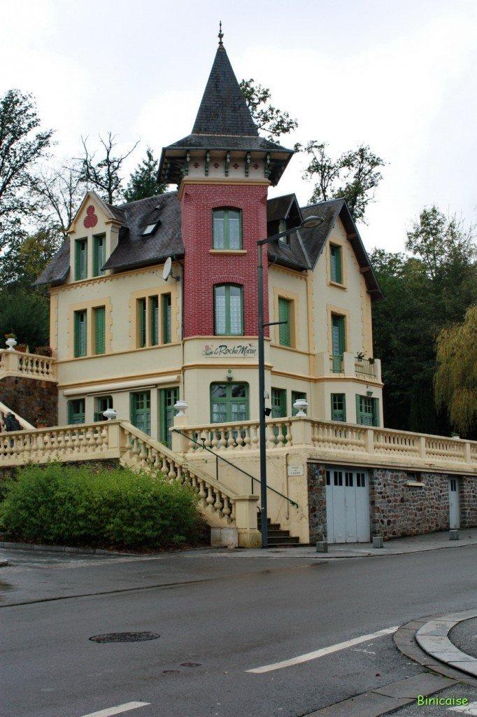 Binicaise les belles villas de bagnoles for Des belles villas