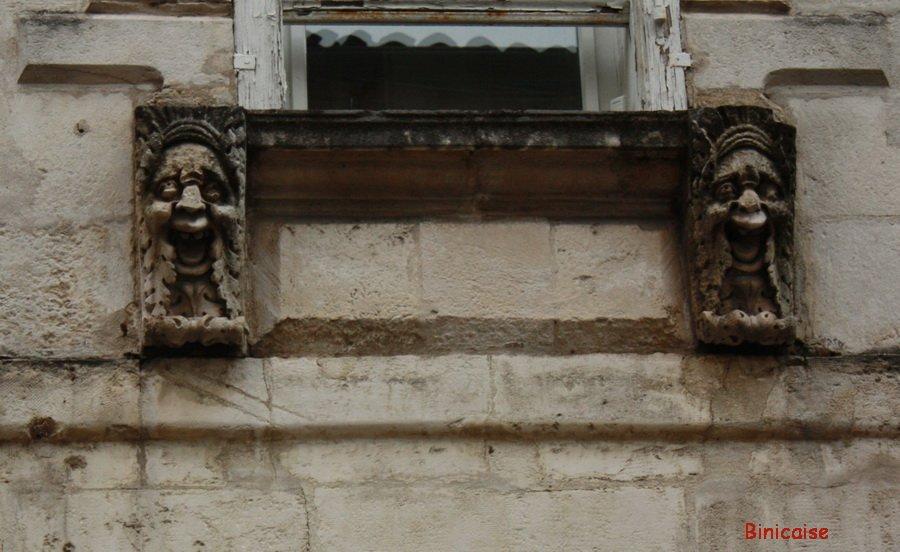 Détails d'architecture, La Rochelle . dans La Rochelle details-facade
