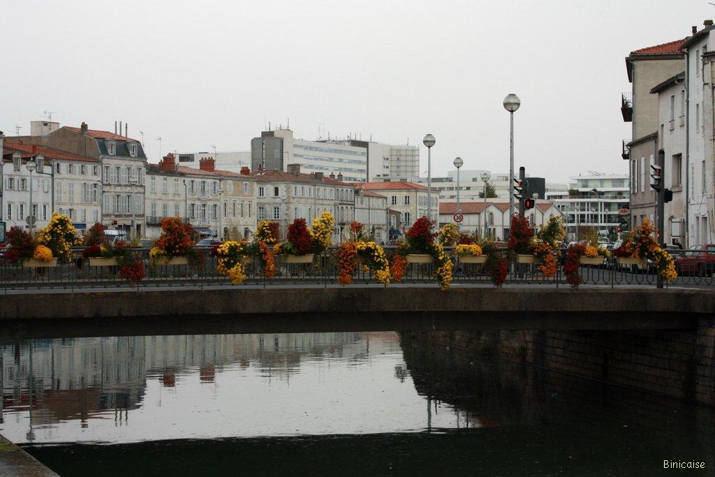 Quais de la Rochelle dans La Rochelle quai-de-la-rochelle-03