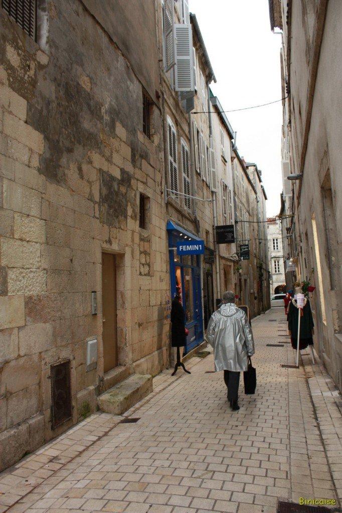 Les venelles de la Rochelle . dans La Rochelle venelle-02