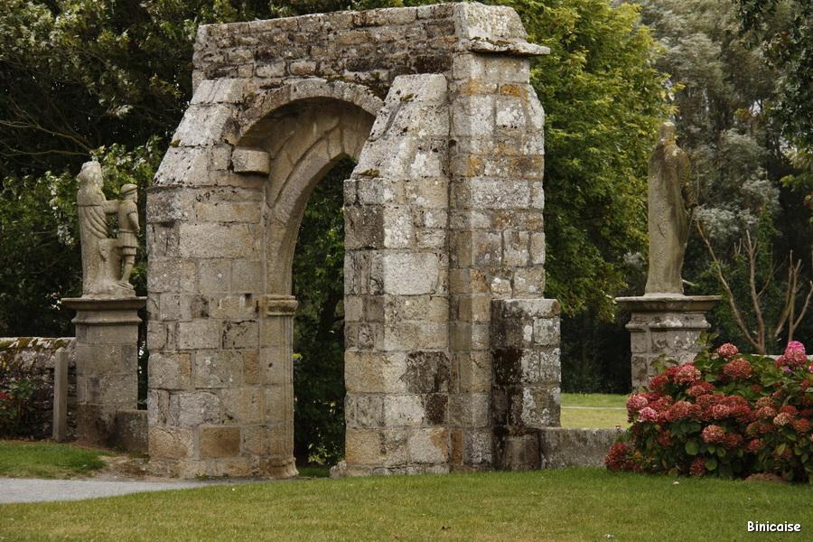 chapelle-ste-anne-la-palud-8955_redimensionner
