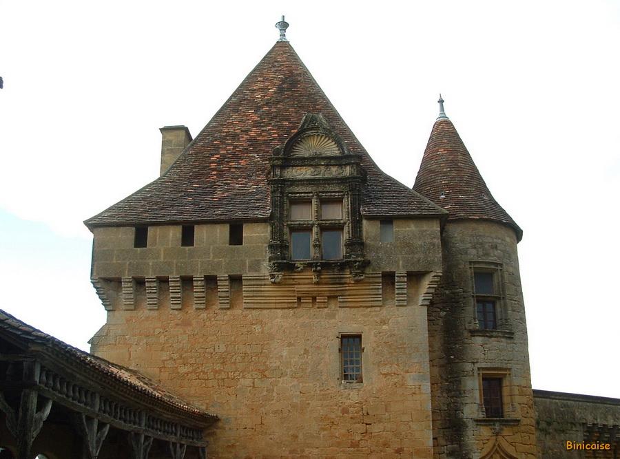 1-chateau-de-biron11b_redimensionner