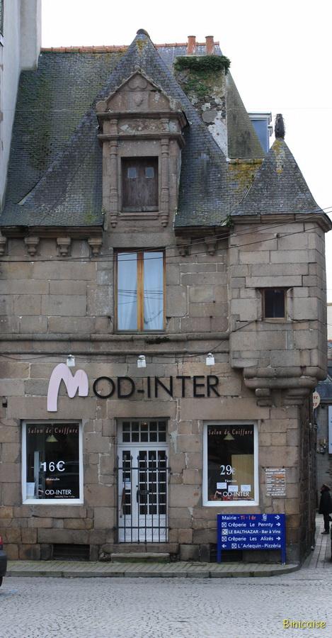 Paimpol maison à tourelle . dans Bretagne paimpol-12