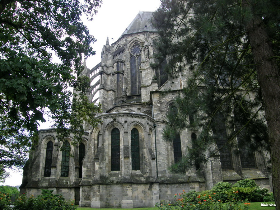 st-quentin-basilique-02 Basilique de St Quentin. dans Mon Blog