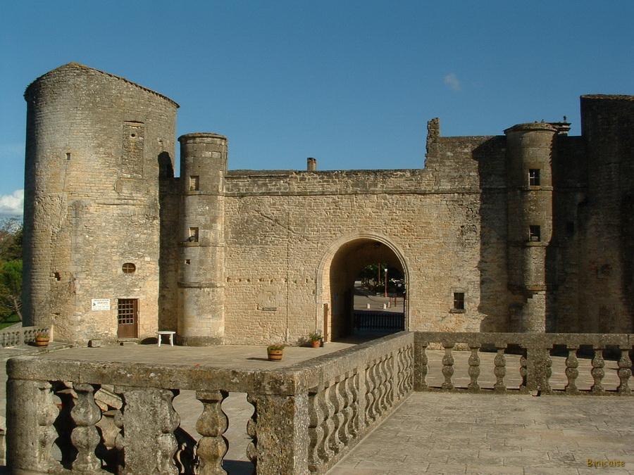 5-duras-02_redimensionner Chateau de Duras dans Photos