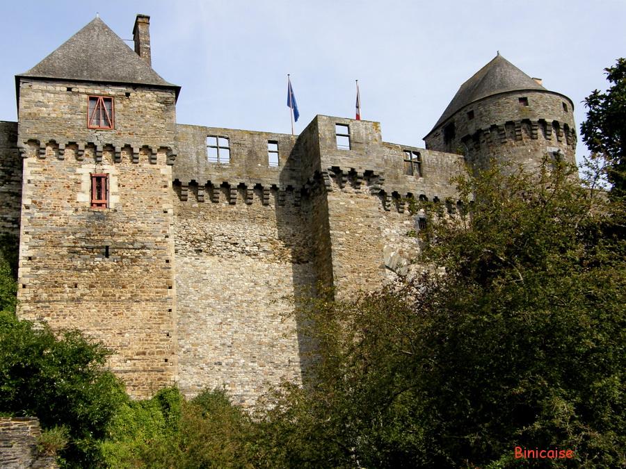 Chateau de Vitré extérieur. dans Pays de Loire et Touraine. vitre-28