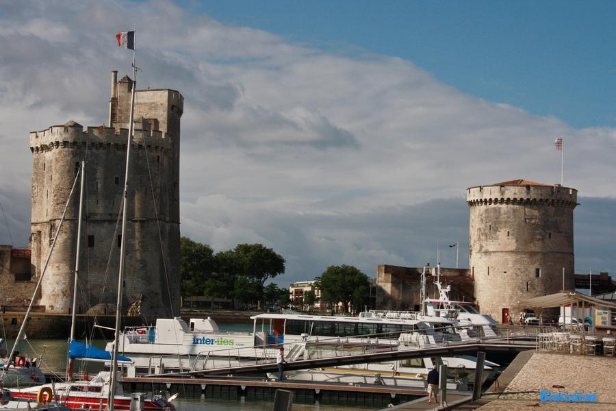 Et maintenant vous avez deviné. dans La Rochelle la-rochelle-les-tours