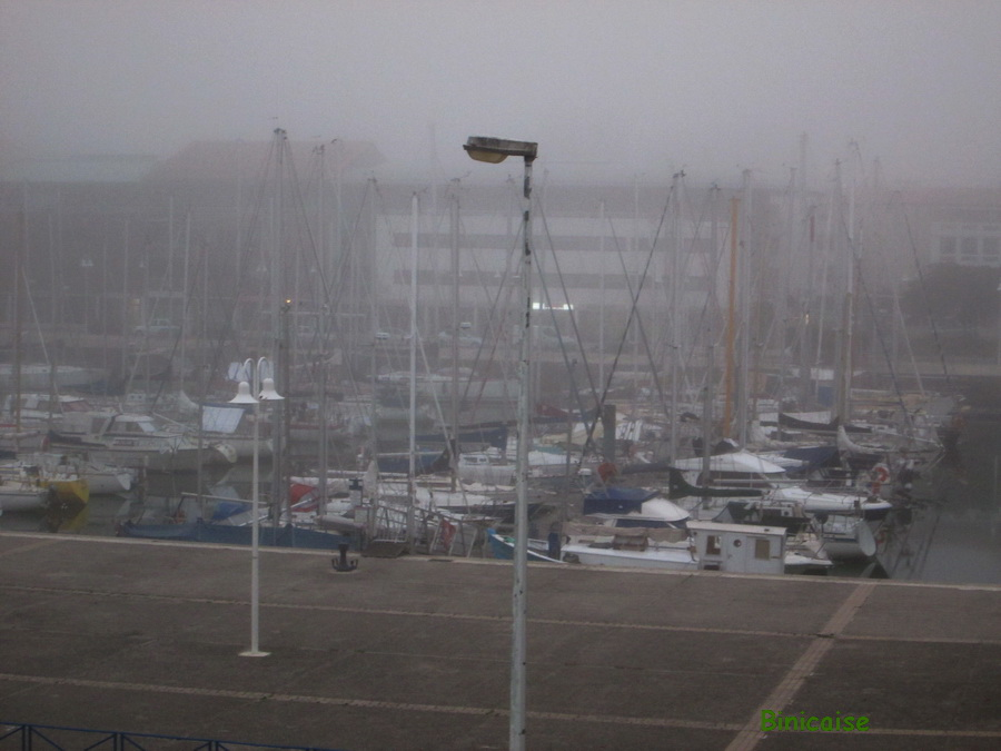 Brume . dans Charentes Maritimes port-dans-la-brume