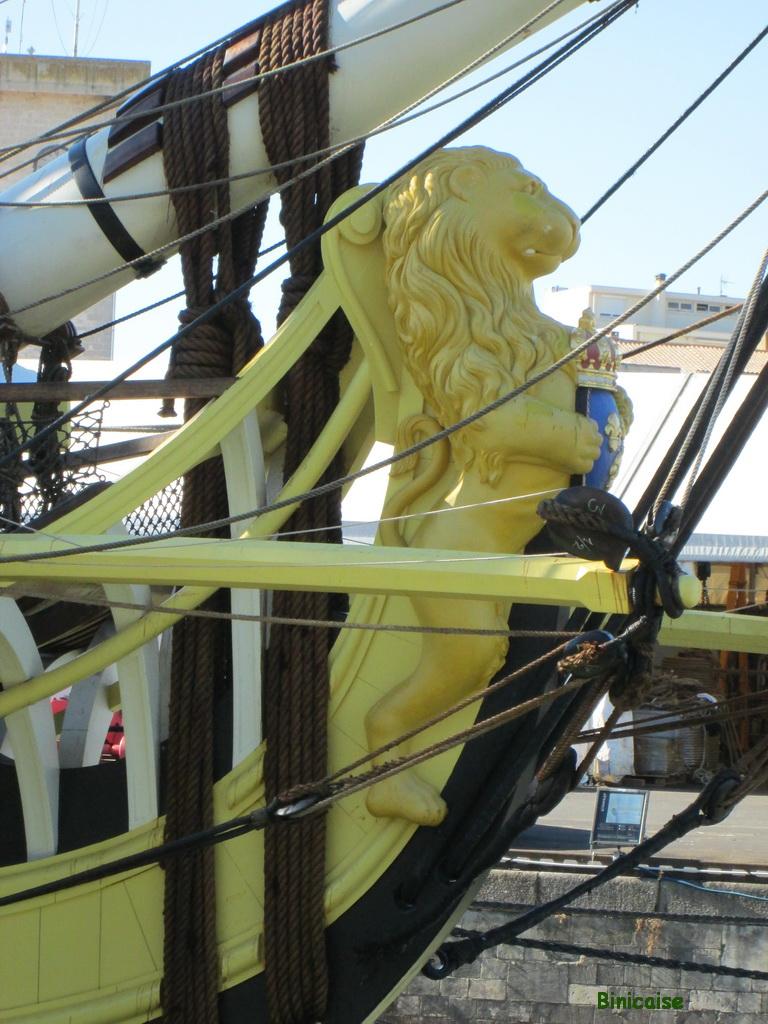 L'Hermione, figure de proue. dans Charentes Maritimes figure-de-proue-hermione