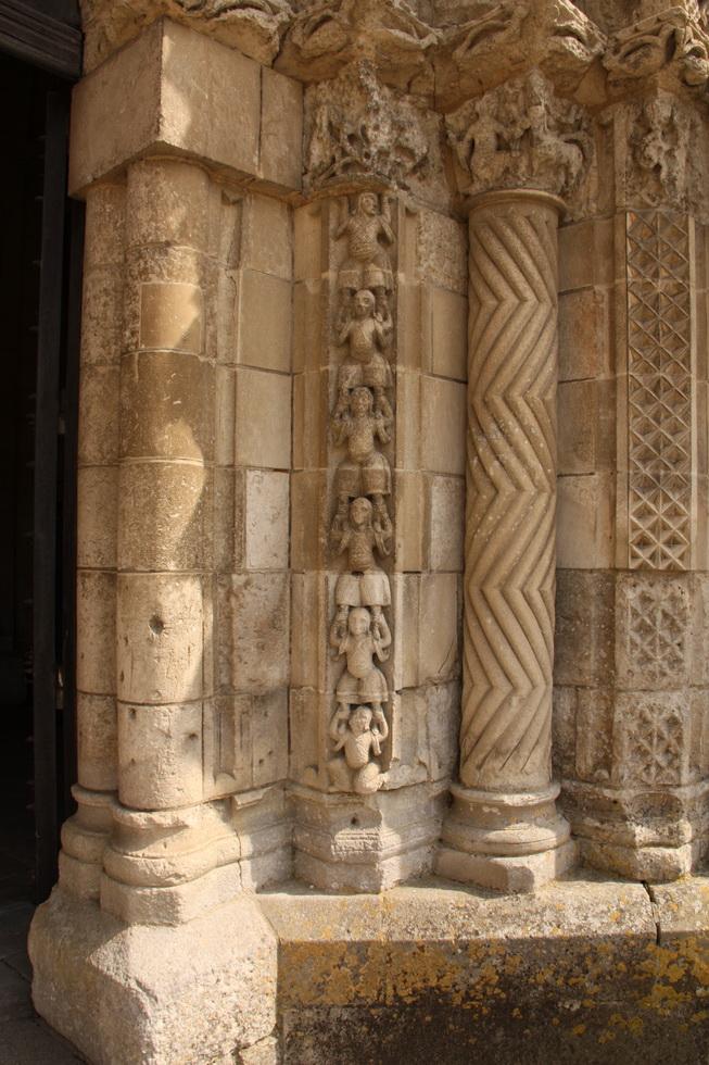 Eglise St Nicolas de Maiillezais 07