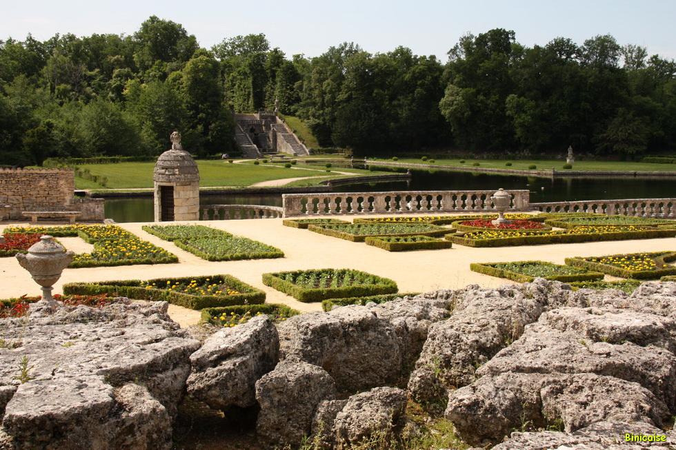 Chateau de la Roche Courbon 02_2