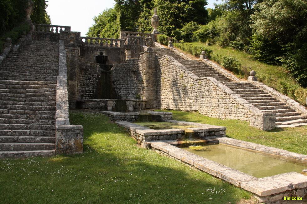 Chateau de la Roche Courbon 11